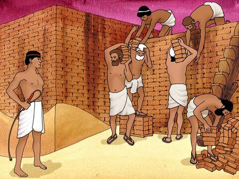 Kesombongan dan Kekejaman Raja Firaun