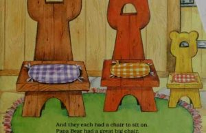 Tiga Kursi Kayu Keluarga Beruang