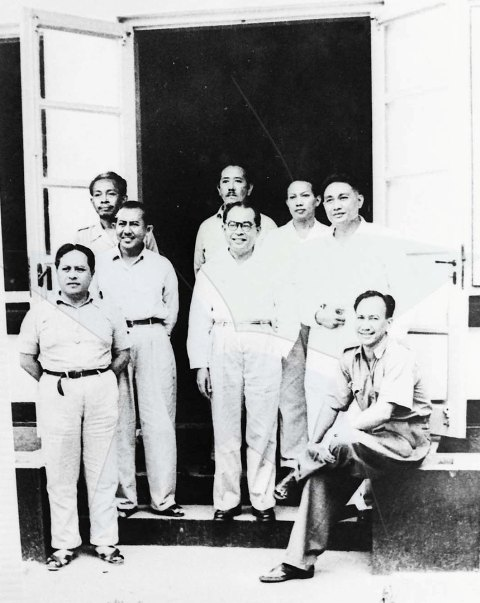 Foto 1949: Mohammad Hatta di Pengasingan Pangkalpinang, Bangka